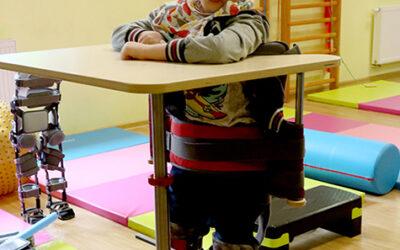 Pionizacja – ważny element rehabilitacji dziecka z niepełnosprawnością